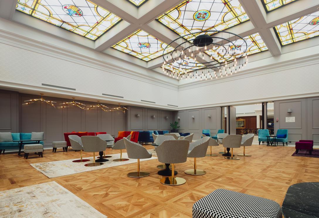 DSC08562 - biz _ ballroom.jpg